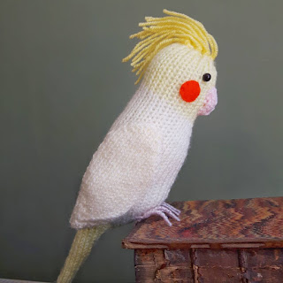 Cockatiel knitting pattern by Nicky Fijalkowska