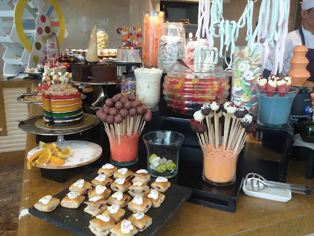 Sweet Sunday Brunch at Spectrum Fairmont Makati
