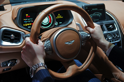 New 2017 Aston Martin DB11 Stearing wheel