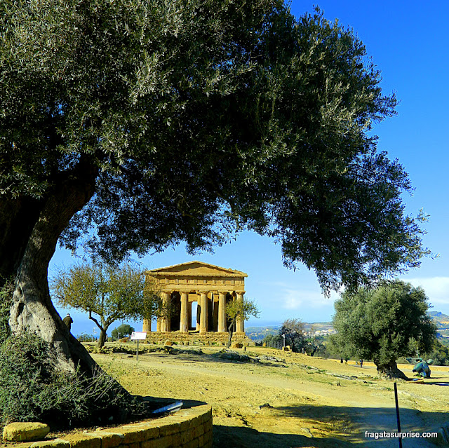 Templo de Concórdia, no Vale dos Templos de Agrigento
