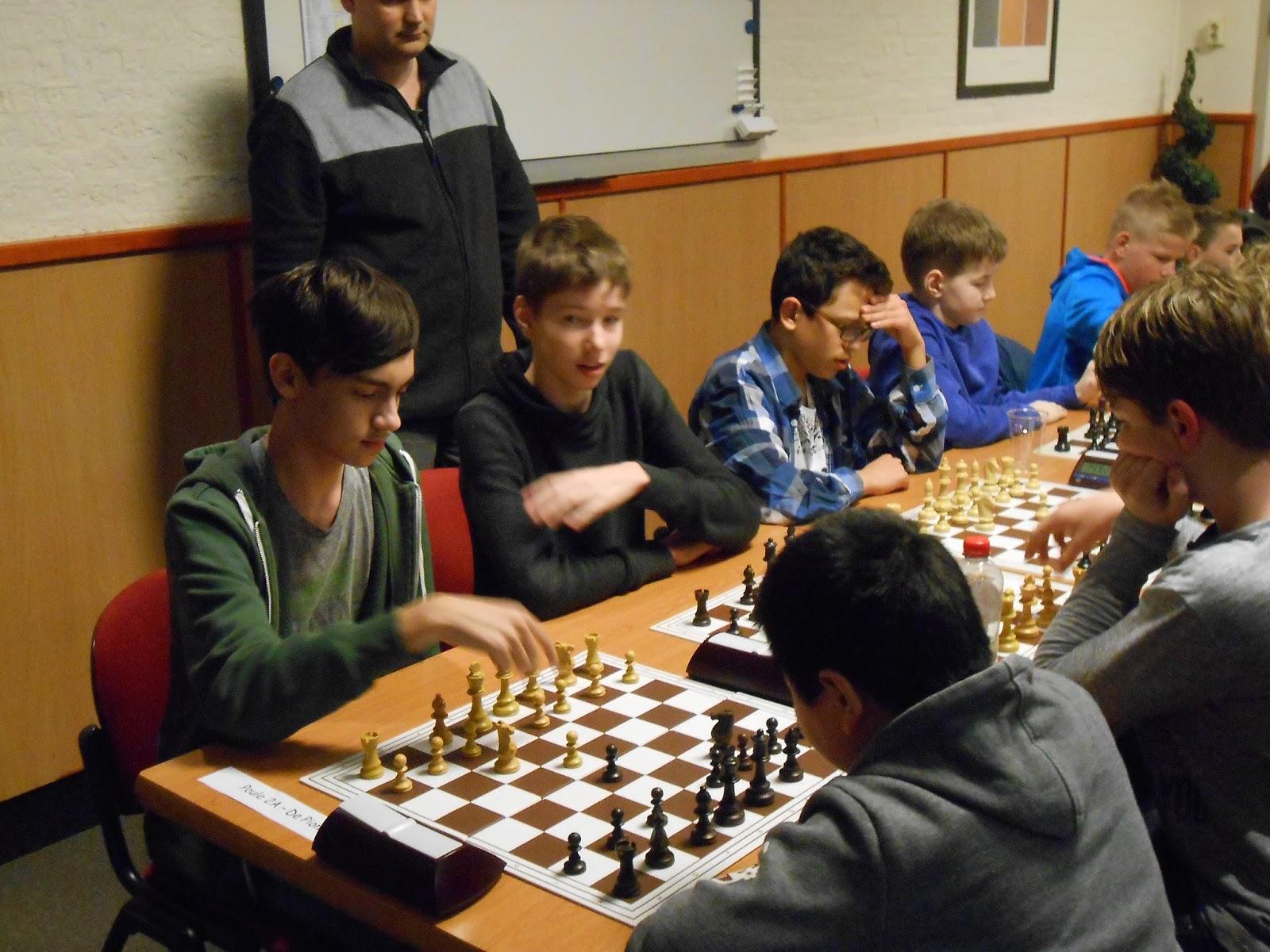 Groene Hart Huizen : Schaakvereniging de pionier groene hart jeugdcup