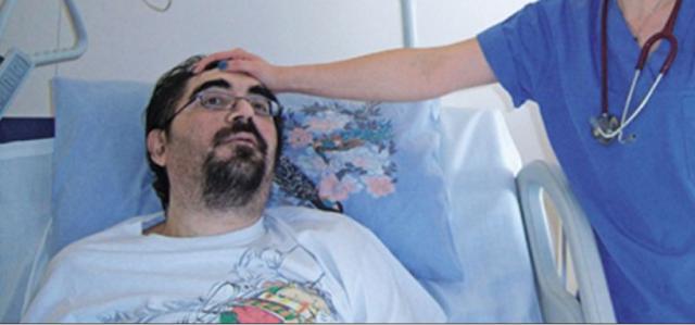 Τετραπληγικός - πρώην μέλος των ΑΜΑΝ καταγγέλλει: Κατασχέθηκε η αναπηρική μου σύνταξη