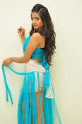 Shreya Vyas latest sizzling pics-thumbnail-19