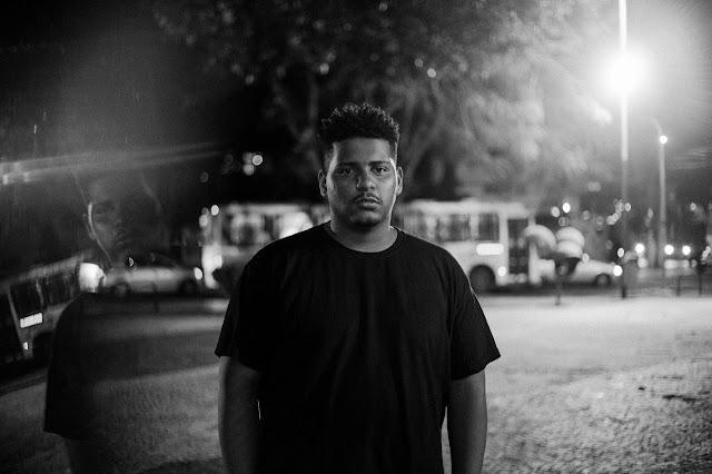 """RAPPER MARCÃO BAIXADA LANÇA EP """"VERMELHO OUTONO"""""""