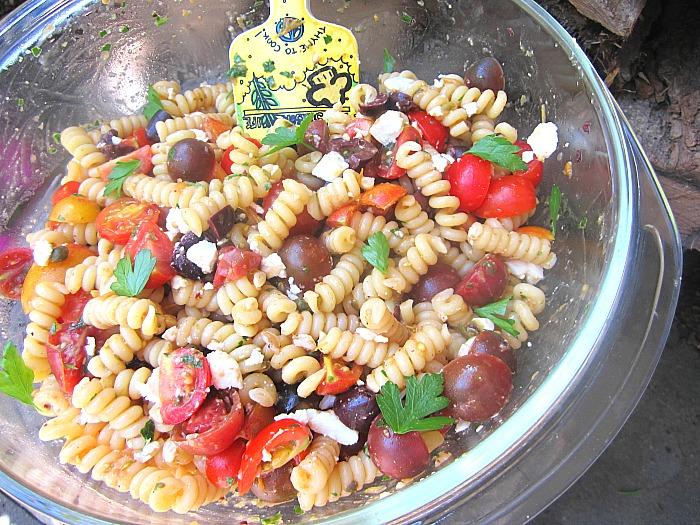 Stacey snacks ina 39 s tomato pasta salad w sundried tomato Ina garten summer pasta