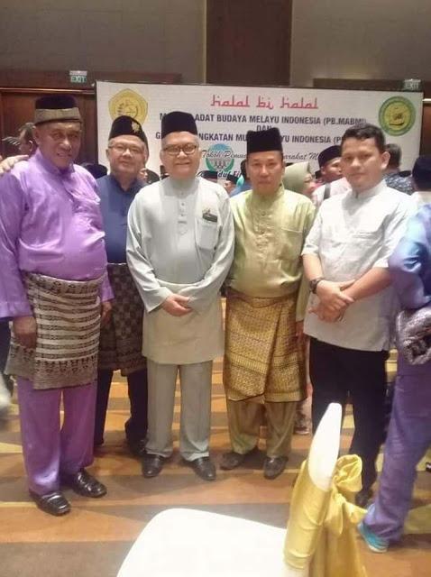 Ok Muhammad Rasyid (2 dari kanan)