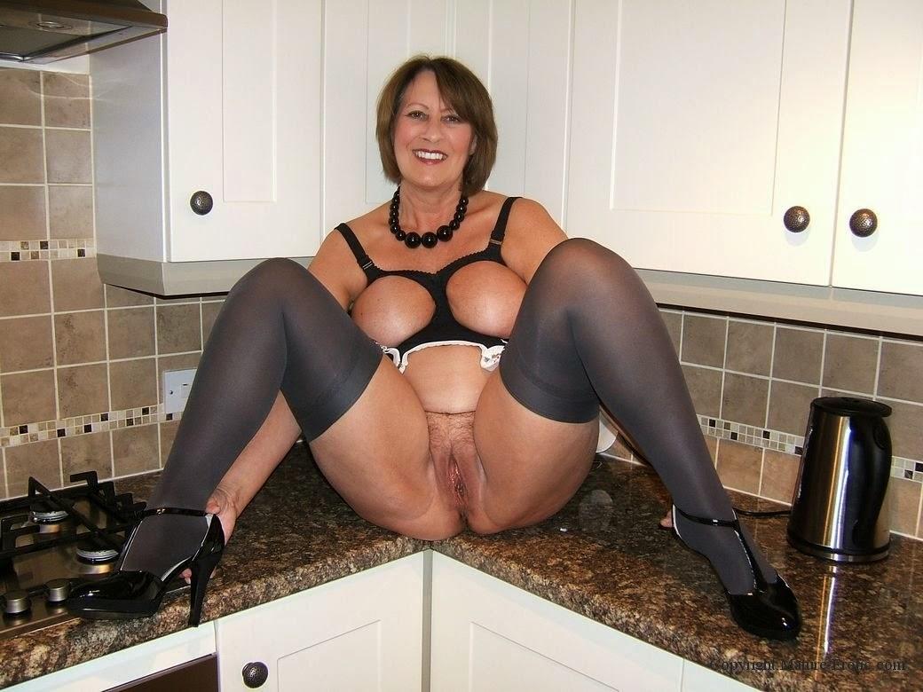Erotic granny mature Hardesya