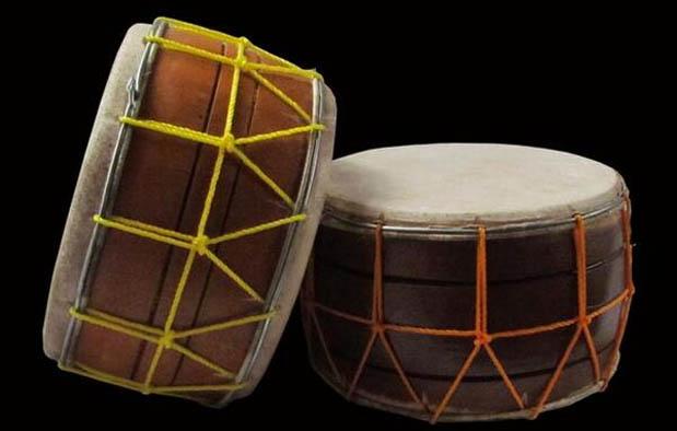 Gorontalo memang provinsi yang gres terbentuk belum usang ini 4 Alat Musik Tradisional Gorontalo, Gambar, dan Penjelasannya