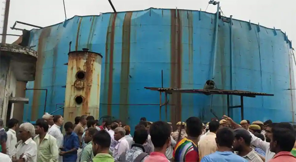 Six dead, several injured in gas tanker blast at factory in Uttar Pradesh's Bijnor, Injured, News, Hospital, Treatment, Report, Accidental Death, Chief Minister, National.