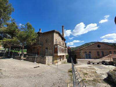 Cal Casas. Casa de l'amo i fàbrica, colònies del Llobregat, Puig-Reig. Miscel·lània Vacarisses