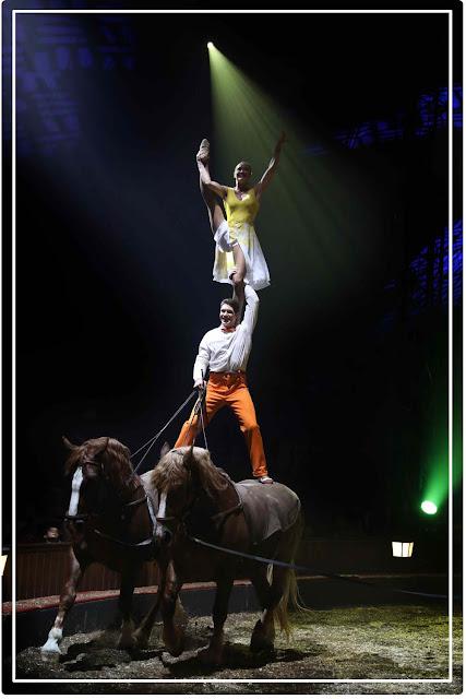 voltige aérien et cheval avec Svetlana Lobova et Firmin Gruss  ( Origines)
