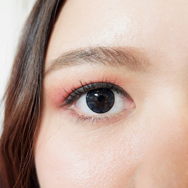 bausch-lomb-lacelle-jewel-blue-on-the-eyes
