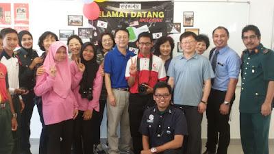 rombongan lawatan Korea ke sekolah Malaysia
