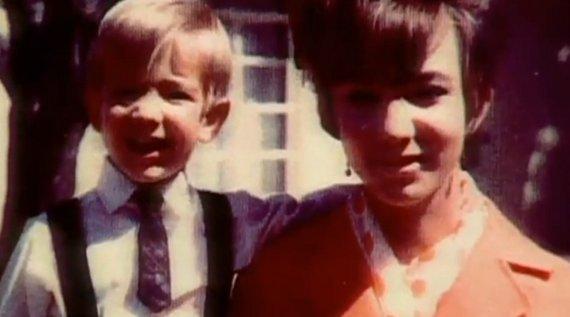 Jeff Bezos dengan sang Ibunda