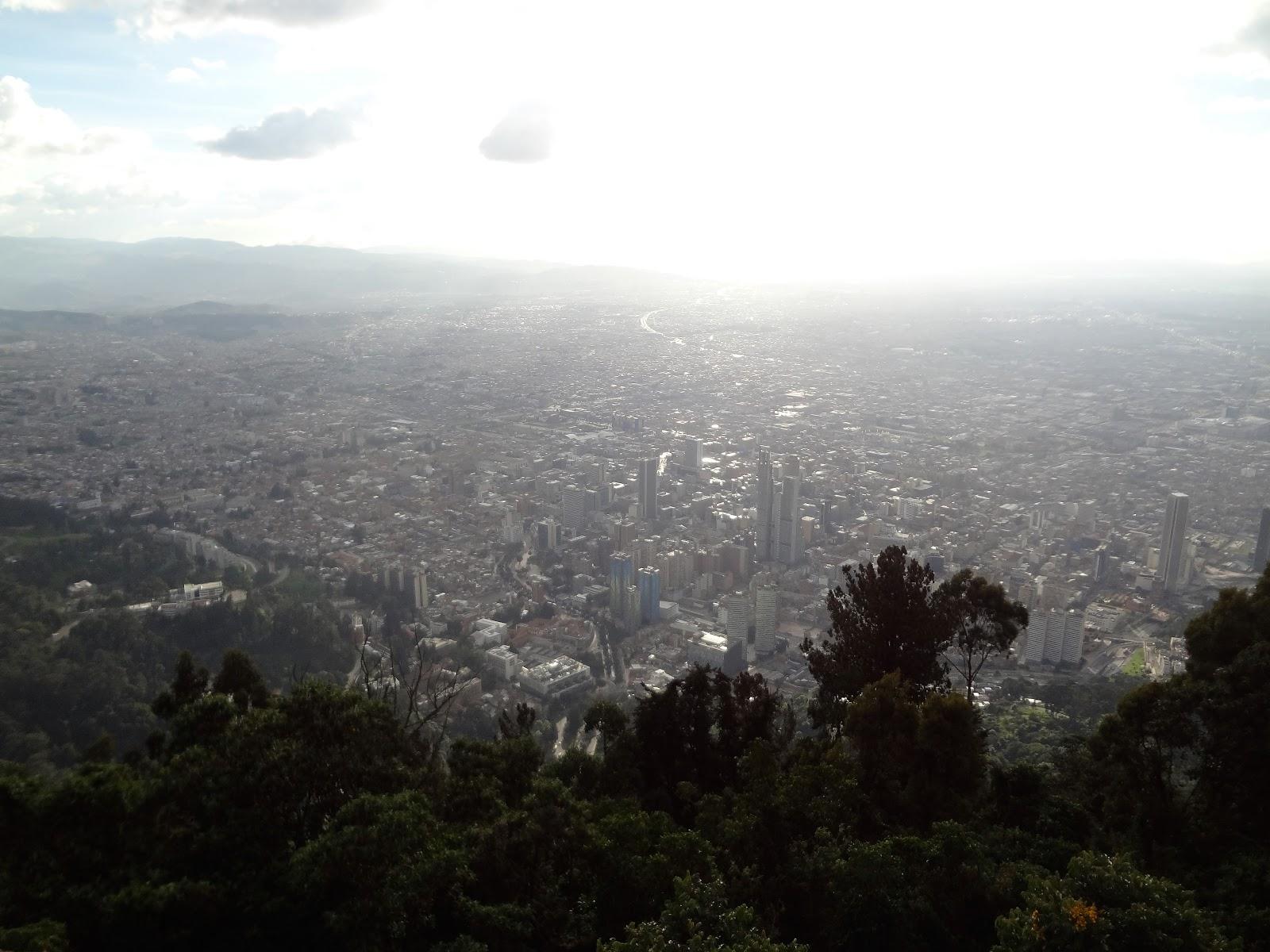 コロンビアのボゴタにあるモンセラーテの丘に登ってみた。