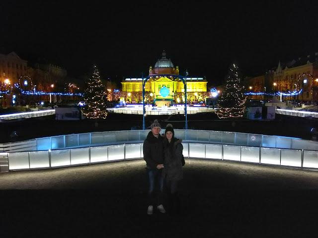 advent in zagreb, lights, lampice, fairy light, christmas tree, božićno drvce, snow, snijeg, ice
