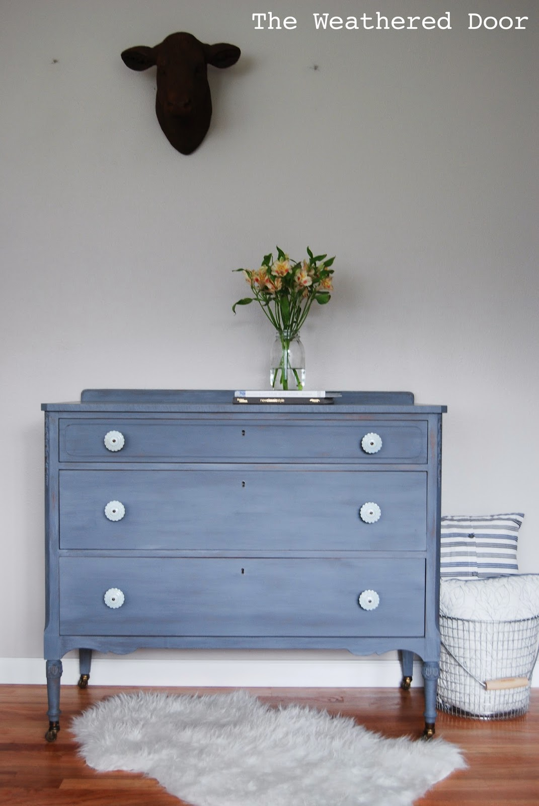Preferred A grey-blue-purple dresser with soft blue knobs - The Weathered Door OI04