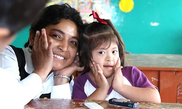 Escolares con discapacidad reciben educación en el Perú