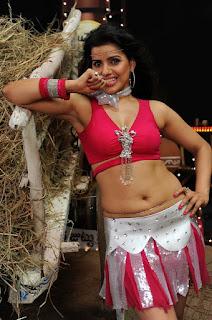 bhojpuri actress madhu sharma  Picture 5.jpg