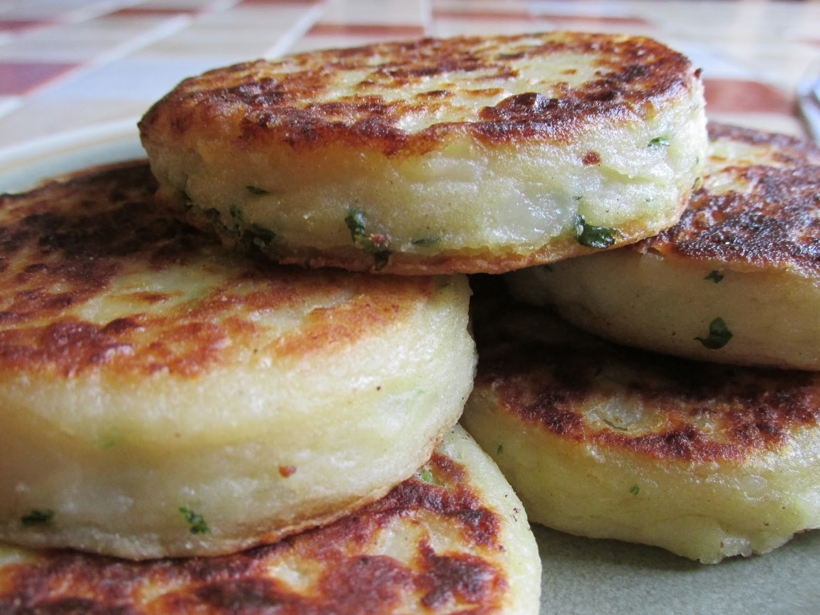 Cornish Potato Cakes Recipe