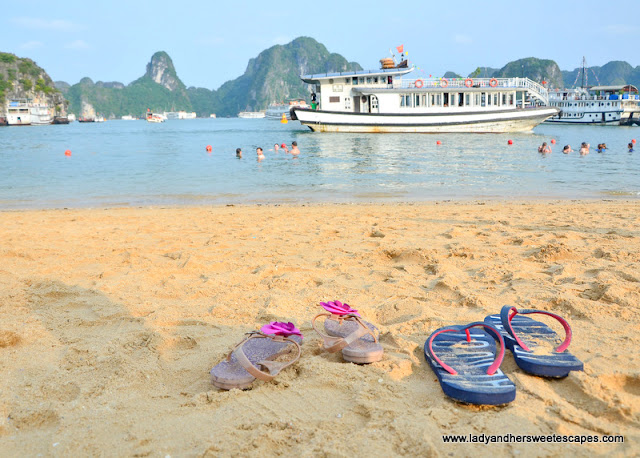 golden powdery sand of Ti Top beach