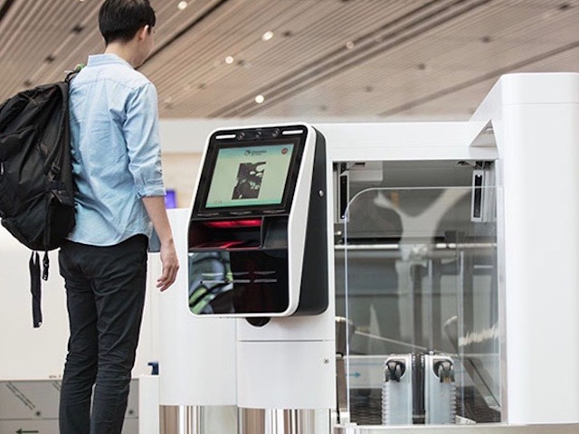 Automated bag-drop machine