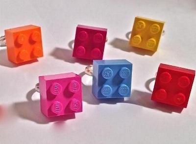 5. Cincin lego