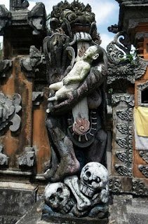 http://www.teluklove.com/2017/01/pesona-keindahan-wisata-berisi-patung.html