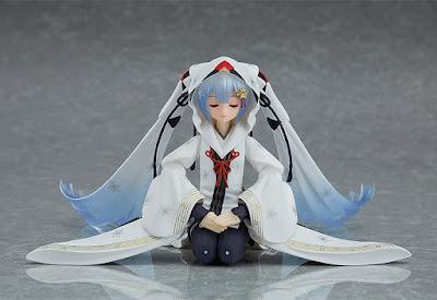 figma Snow Miku Crane Priestess Ver. - Max Factory