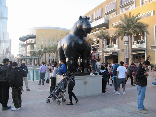 Escultura de caballo, escultura de Botero, Botero en dubai