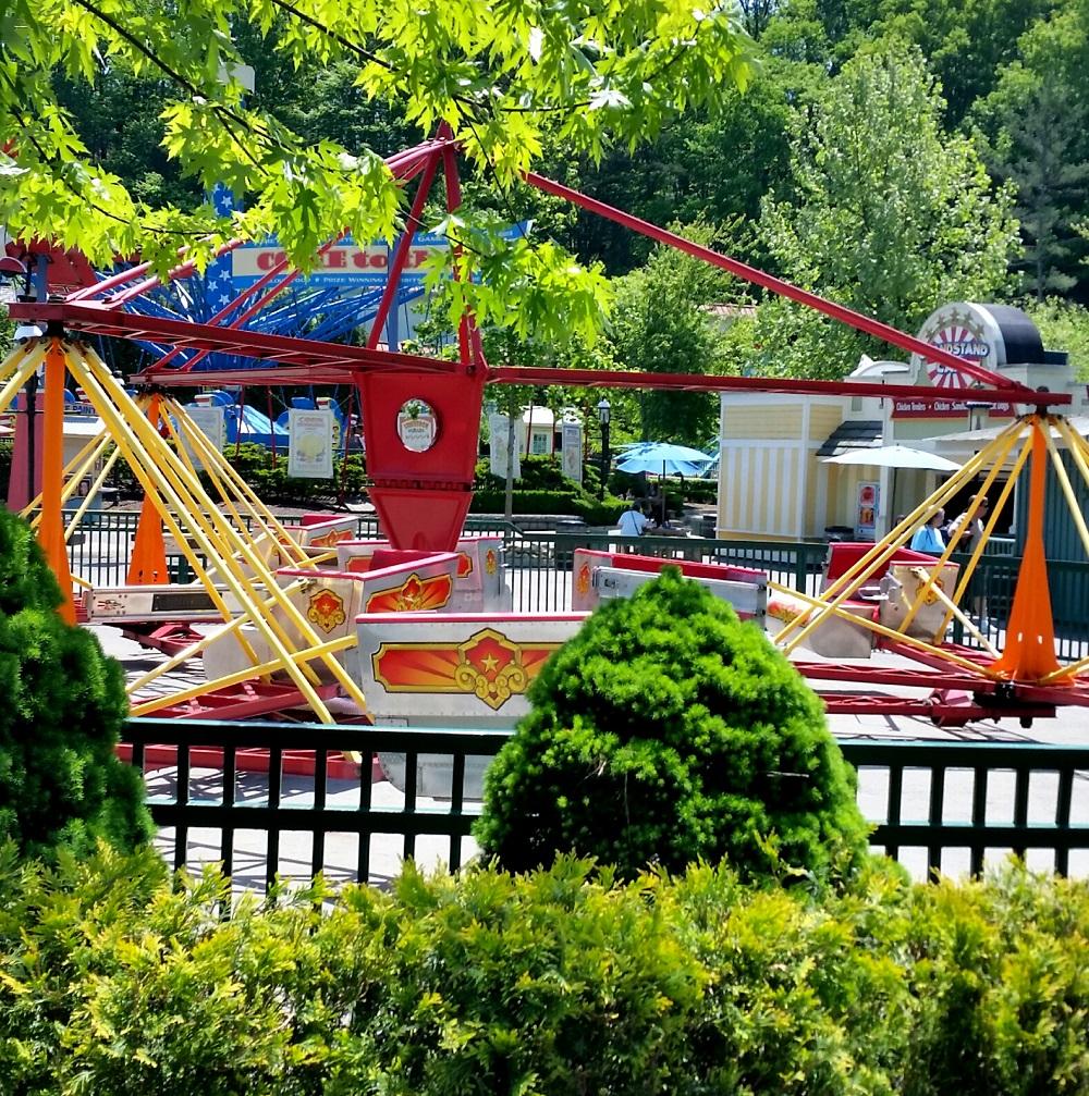 Neko Random: Photos: Dollywood's Scrambler Fair Ride