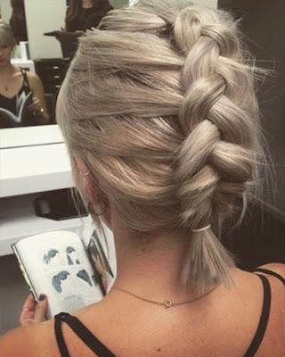peinado con trenzas para cabello corto