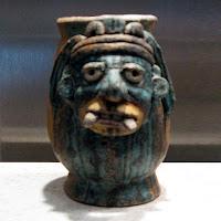 Pebetero maya con representación del dios Chaac