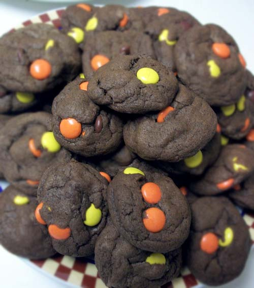 Reese's Pieces Cocoa Chocolate Cookies