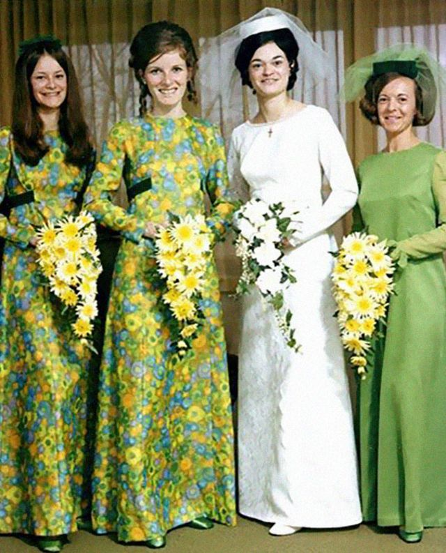 Old Ugly Wedding Dresses: Ridiculous Vintage Bridesmaid Dresses That Didn't Stand