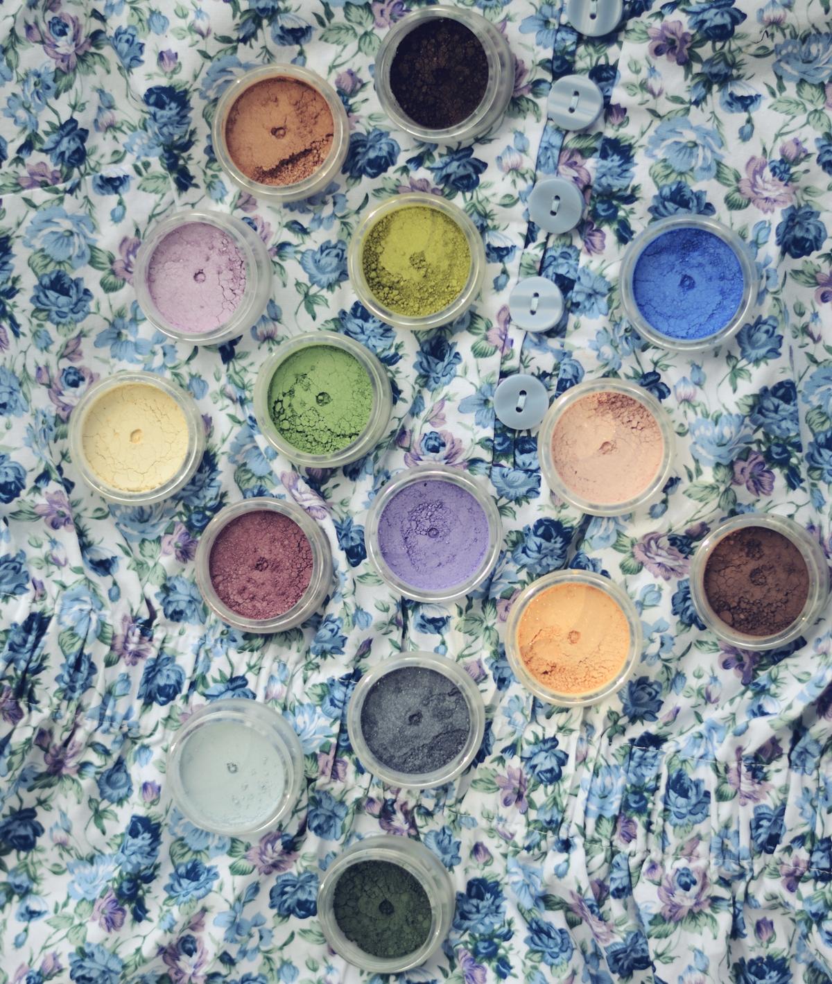 Cukiereczki Ecolore warte grzechu | Wszystkie kolory mineralnych cieni