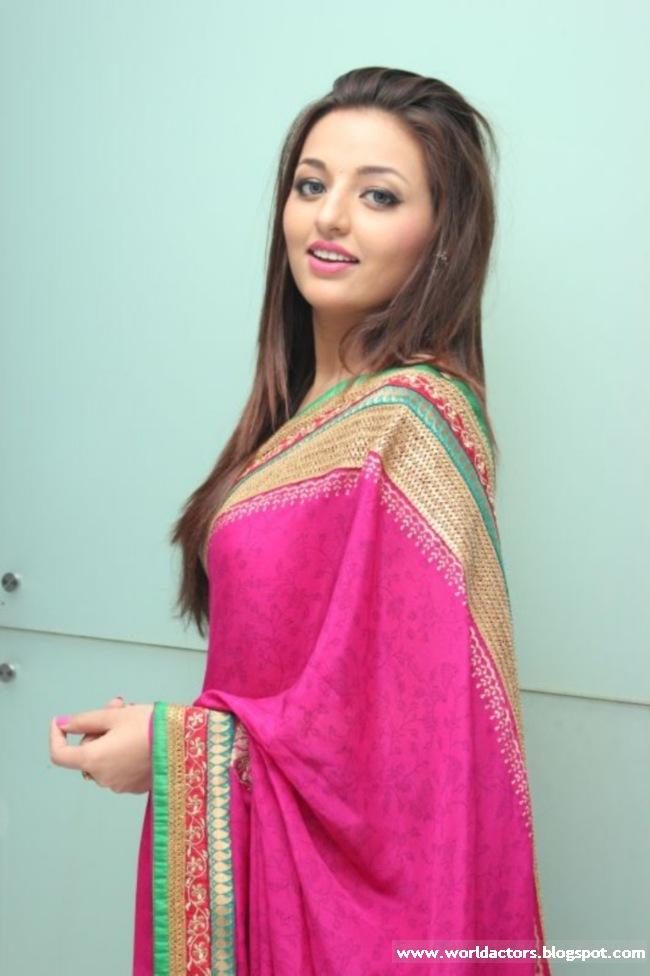 Telugu Actress Sana Oberoi Cute Picture Gallery  World -8519
