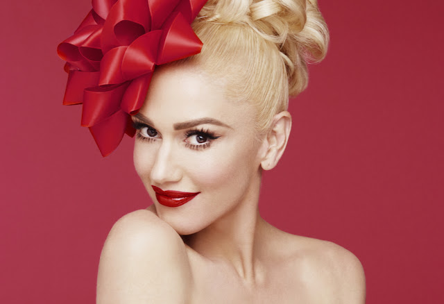 Video: Gwen Stefani - Cheer For The Elves (En vivo)