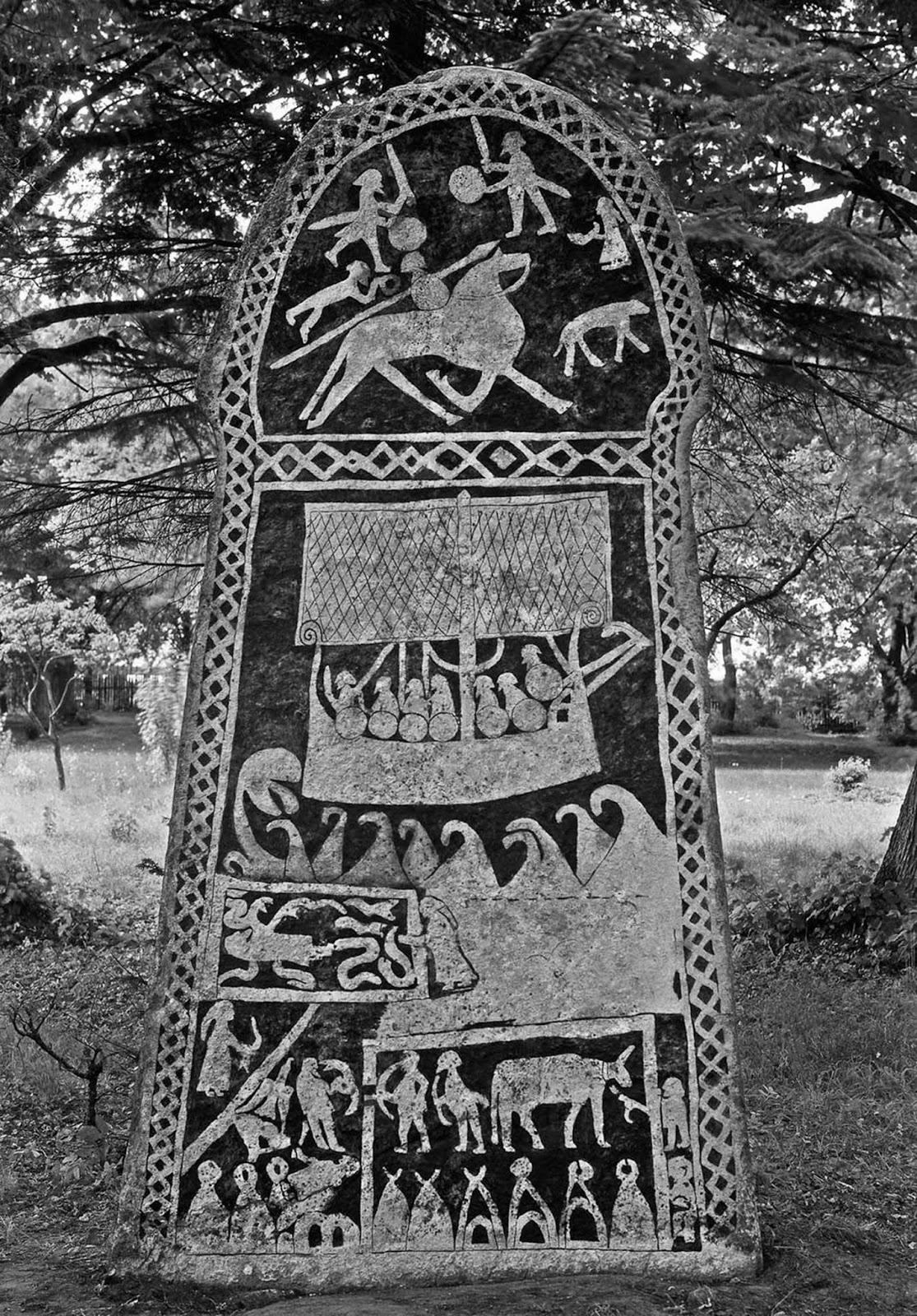 Las impresionantes piedras rúnicas vikingas de la campiña sueca, 1899-1945