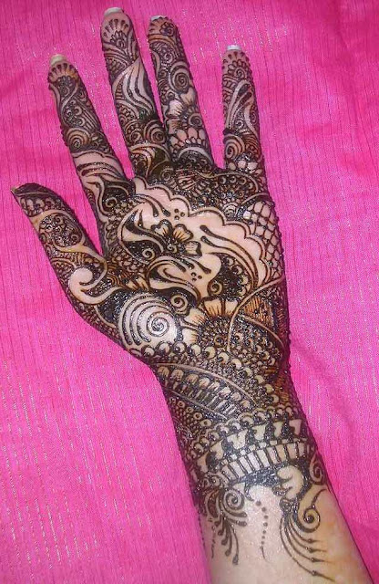 One Hand Bridal Mehndi Designs