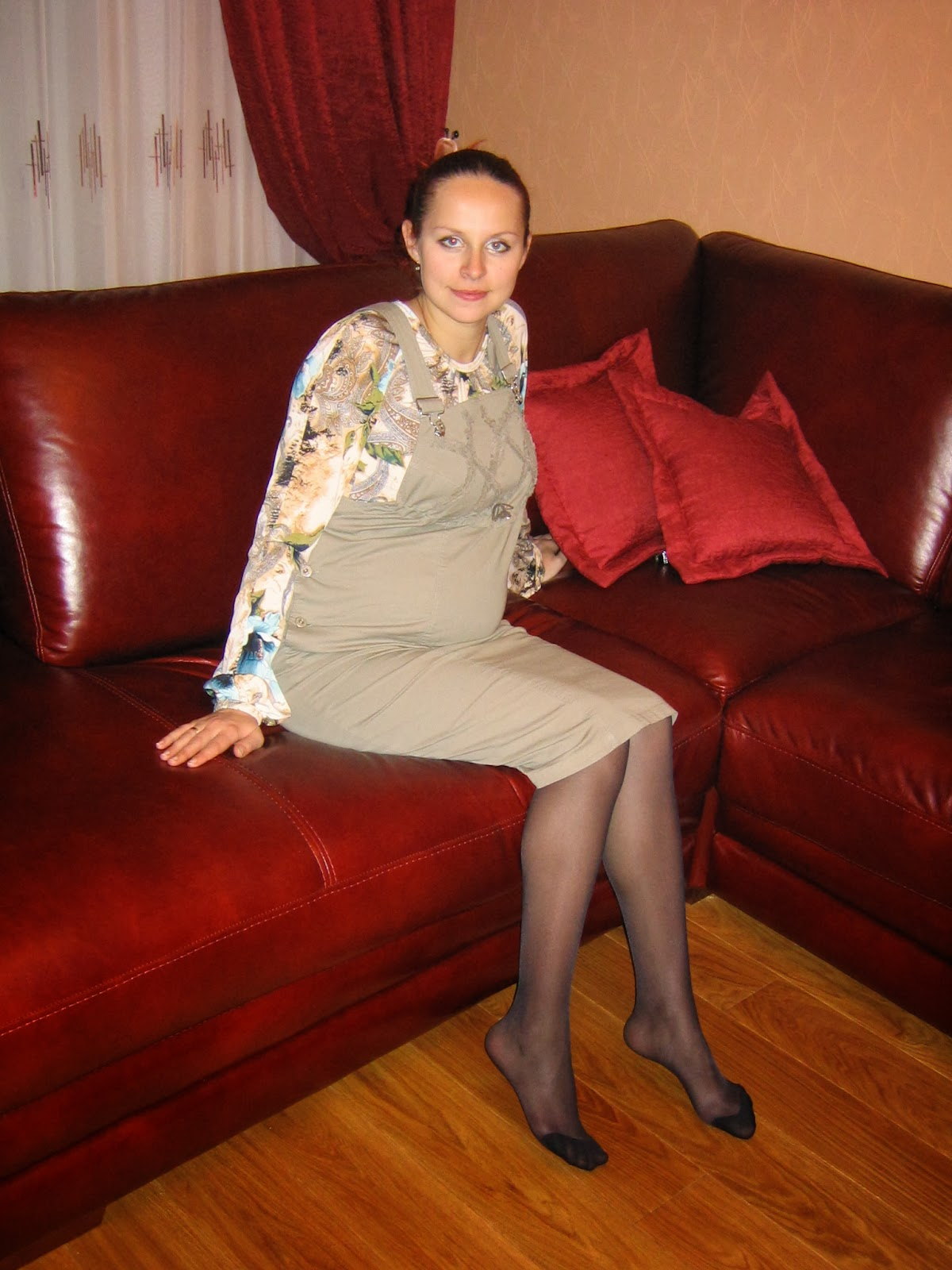 Your Pantyhose Ladies How 108