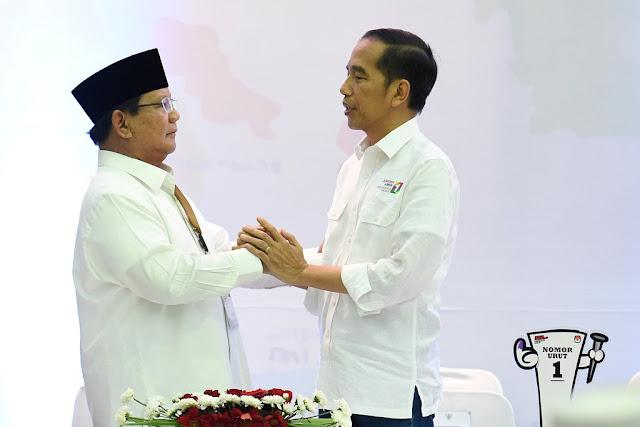 BPN Prabowo soal 'Baju Putih' Jokowi: Kami Duluan Pakai Putih