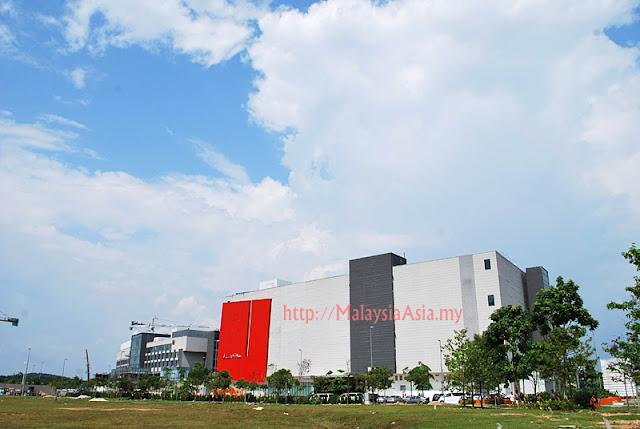 Johor Puteri Harbor