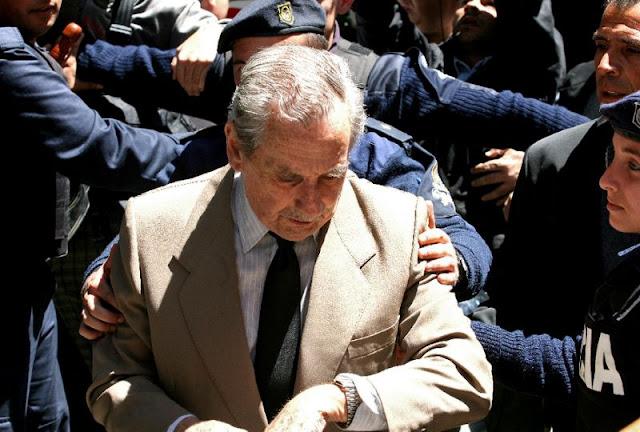 """O General Gregorio """"El Goyo"""" Álvarez, o último ditador militar do Uruguai que governou o país de 1981 a 1985, morreu aos 91 anos"""