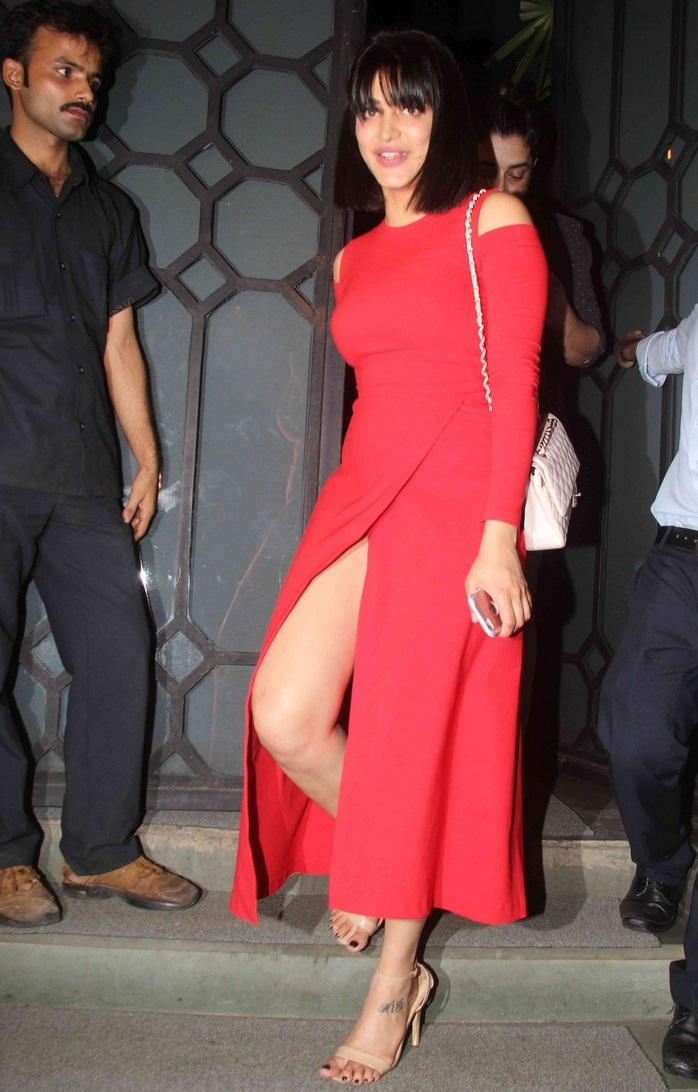 Movie Actress Shruti Haasan Hot Stills In Red Dress