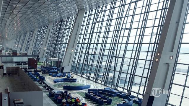 Layanan travel antar jemput dari bandung ke bandara soekarno hatta cengkareng jawa barat.
