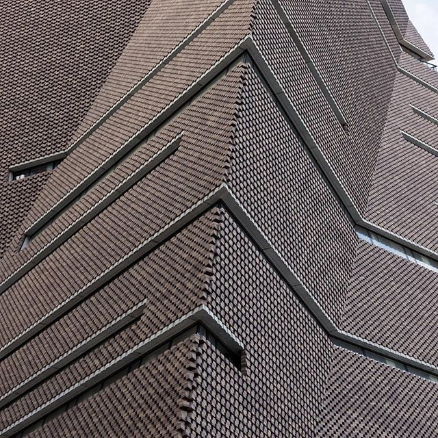 Hellopeagreen explores the Tate Modern Switch House