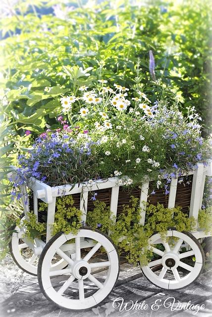 Shabby Gartendeko, Leiterwagen bepflanzen