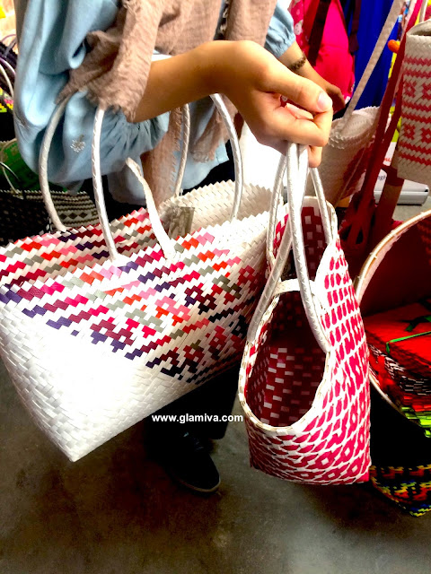 Etsy Made Local Malaysia 2017 bags in white and pink