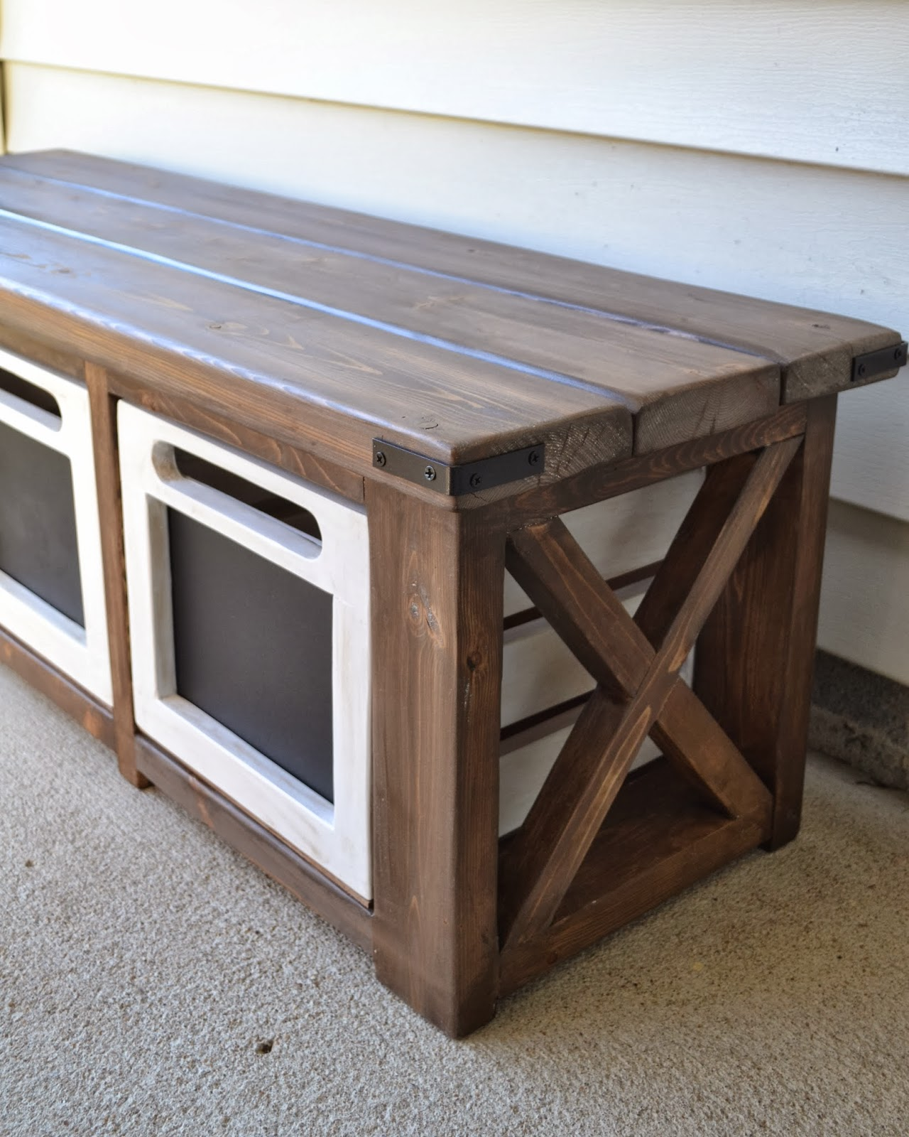 adorable entryway benche with storages | The Domestic Doozie: Custom Entryway Bench with Chalkboard ...
